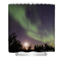 Shower Curtain featuring the photograph Dancing With The Moon by Larry Ricker