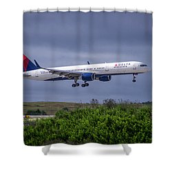 Delta Air Lines 757 Airplane N557nw Art Shower Curtain by Reid Callaway