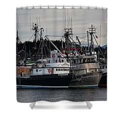 Shower Curtain featuring the photograph Discovery Harbour by Randy Hall