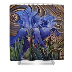 Dynamic Iris Shower Curtain