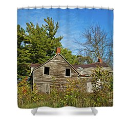 Shower Curtain featuring the photograph Eidolic.. by Nina Stavlund