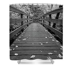 Shower Curtain featuring the photograph Fall In Oregon Bw by Jonathan Davison