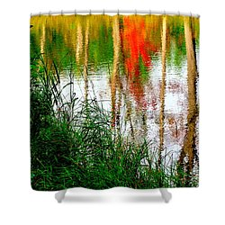 Shower Curtain featuring the photograph Fall Reflections by Elfriede Fulda