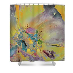 Shower Curtain featuring the photograph Feliz Navidad by Alfonso Garcia