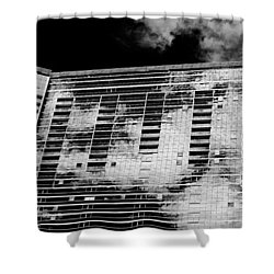 Fla-150531-nd800e-25118-bw Shower Curtain