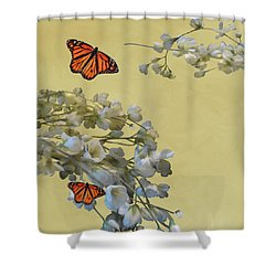 Floral05 Shower Curtain
