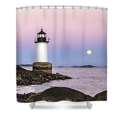 Fort Pickering Lighthouse, Harvest Supermoon, Salem, Ma Shower Curtain