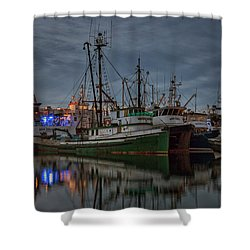 Shower Curtain featuring the photograph Full House 2 by Randy Hall