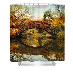Shower Curtain featuring the photograph Glorious Gapstow   by Jessica Jenney