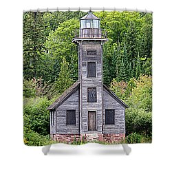 Shower Curtain featuring the photograph Grand Island East Channel Lighthouse #6554 by Mark J Seefeldt