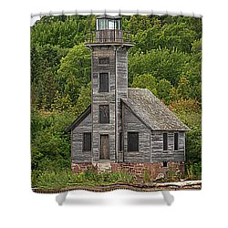 Shower Curtain featuring the photograph Grand Island East Channel Lighthouse #6664 by Mark J Seefeldt