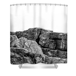 Granite Cliffs At Thunder Hole - Acadia - Maine Shower Curtain