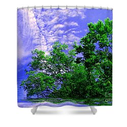 Shower Curtain featuring the photograph Heavenly by Elfriede Fulda