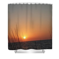 Shower Curtain featuring the photograph Hello Night by Robert Margetts