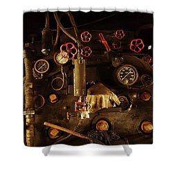 Hi-tech In The 1900s, When Steam Shower Curtain