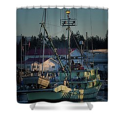 Shower Curtain featuring the photograph In For Ice by Randy Hall