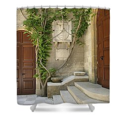 Italian Courtyard- Brindisi Shower Curtain