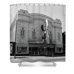 Shower Curtain featuring the photograph Kansas City - Gem Theater Bw by Frank Romeo