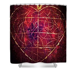 Shower Curtain featuring the photograph King Of Hearts by Linda Sannuti