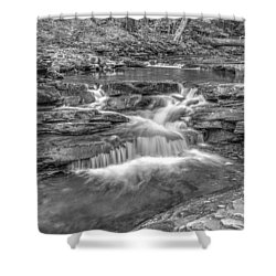 Shower Curtain featuring the photograph Kitchen Creek Bw - 8902-3 by G L Sarti