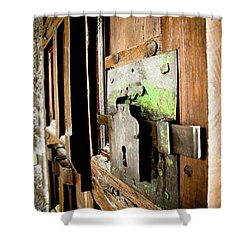 La Porta Chiusa Shower Curtain