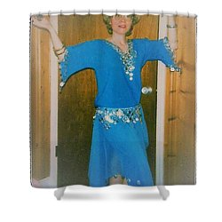 Shower Curtain featuring the photograph Let Me Entertain You by Denise Fulmer