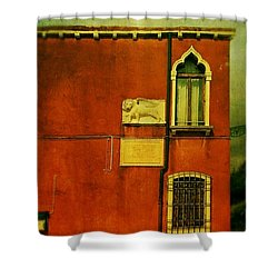 Shower Curtain featuring the photograph Lido Lion by Anne Kotan