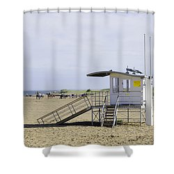 Lifeguard Station At Skegness Shower Curtain by Rod Johnson