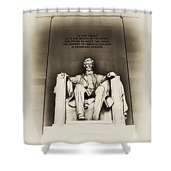 Lincoln Memorial Shower Curtain by Bill Cannon