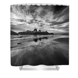 Lines In The Sand At Seal Rock Shower Curtain