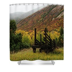 Loading Chute - 9550 Shower Curtain