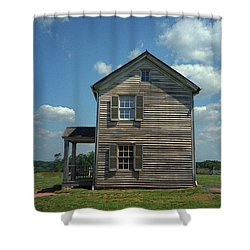 Shower Curtain featuring the photograph Manassas Battlefield Farmhouse by Frank Romeo