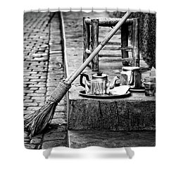 Shower Curtain featuring the photograph Medina Tea Break by Marion McCristall