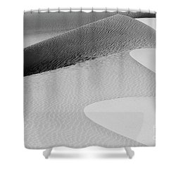 Shower Curtain featuring the photograph Mesquite Dunes Patterns by Sandra Bronstein
