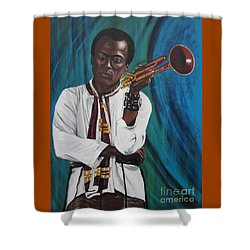 Blaa Kattproduksjoner     Miles-in A Really Cool White Shirt Shower Curtain