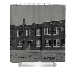 Mineola 0312 Shower Curtain