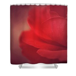 Mon Coeur Qui Bat Shower Curtain