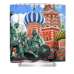 Shower Curtain featuring the photograph Monument To Minin And Pozharsky by Delphimages Photo Creations
