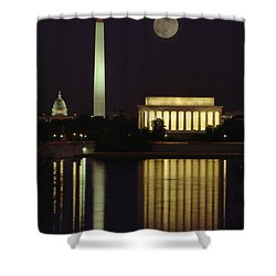 Moonrise Over The Lincoln Memorial Shower Curtain