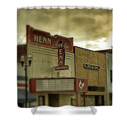 Shower Curtain featuring the photograph Morning Henn by Greg Mimbs