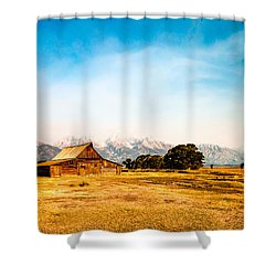 Shower Curtain featuring the photograph Moulton Barn by Cathy Donohoue