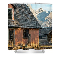 Shower Curtain featuring the photograph Moulton Homestead - Pink House At Morning Light by Colleen Coccia