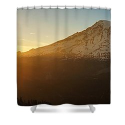 Mount Rainier Evening Light Rays Shower Curtain