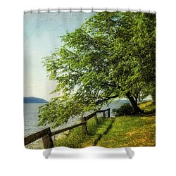 Mulberry On The Hudson Paint Shower Curtain