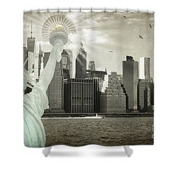 New York New York Da Shower Curtain