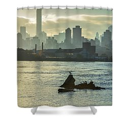 Nyc Skiline Shower Curtain