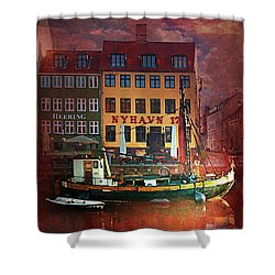 Shower Curtain featuring the photograph Nyhavn 17 by Jeff Burgess