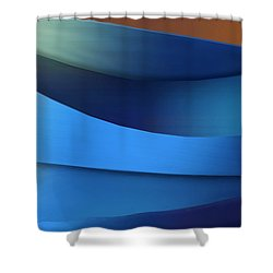 Shower Curtain featuring the photograph Ocean Breeze by Paul Wear
