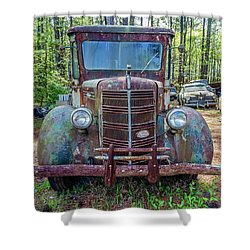 Old Car Smile Shower Curtain