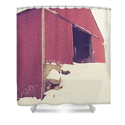 Shower Curtain featuring the photograph Old Red Barn In Winter by Edward Fielding